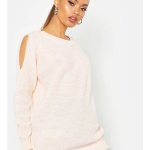 Boohoo cold shoulder sweater sz L NWT